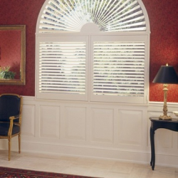 Hardwood-Shutters-Heritance-TruView-Arch-e1460407735424