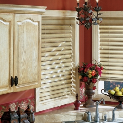 Wood-Blinds-CountryWoodKitchen